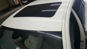 tinting a cars sunroof window