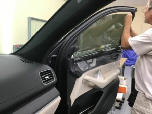 car getting window tinting